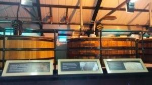 Cazanele de fermentare a whiskey-ului.